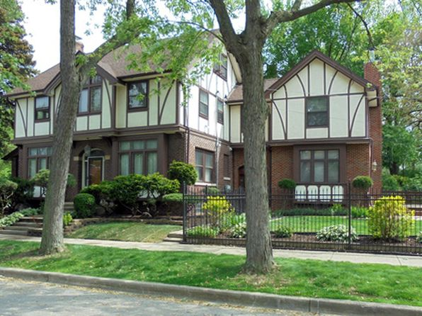 4 bed 5 bath Single Family at 9300 S Damen Ave Chicago, IL, 60643 is for sale at 515k - 1 of 39