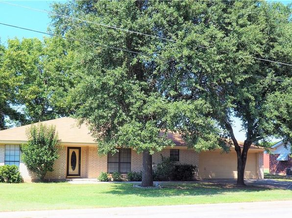 3 bed 3 bath Single Family at 403 Monte Vista St Early, TX, 76802 is for sale at 210k - 1 of 25