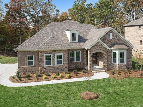3 bed 3.5 bath Single Family at 1545 Prickly Ln Waxhaw, NC, 28173 is for sale at 565k - 1 of 24