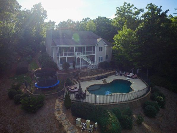 6 bed 5 bath Single Family at 252 Jacob Hunter Ln Ellijay, GA, 30536 is for sale at 425k - 1 of 17