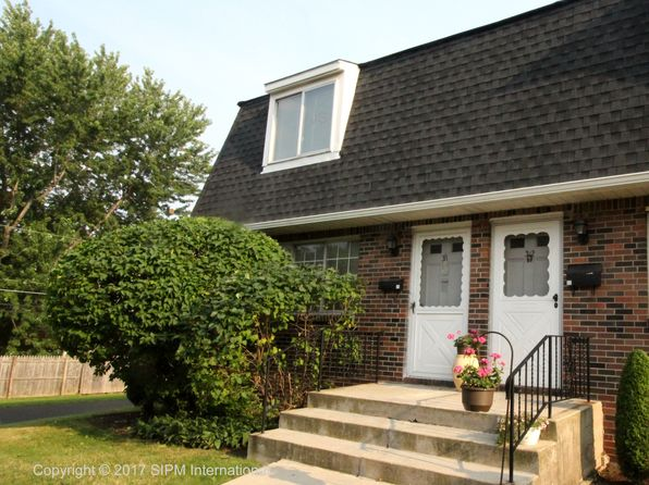 2 bed 2 bath Townhouse at 31 Stoneledge Ct Williamsville, NY, 14221 is for sale at 120k - 1 of 14