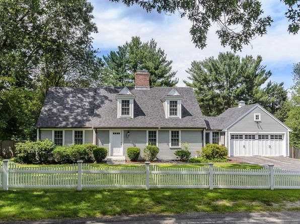 4 bed 3.5 bath Single Family at 190 Oakland St Wellesley, MA, 02481 is for sale at 1.38m - 1 of 19