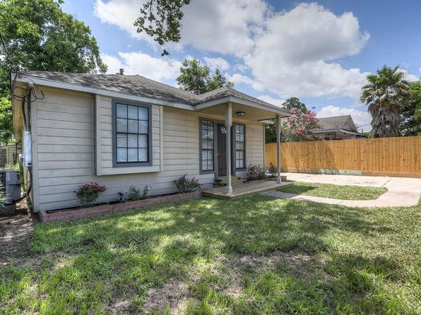 3 bed 1 bath Single Family at 5811 Fulton St Houston, TX, 77009 is for sale at 199k - 1 of 18