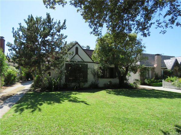 3 bed 1 bath Single Family at 2210 Greenleaf St Santa Ana, CA, 92706 is for sale at 639k - 1 of 18
