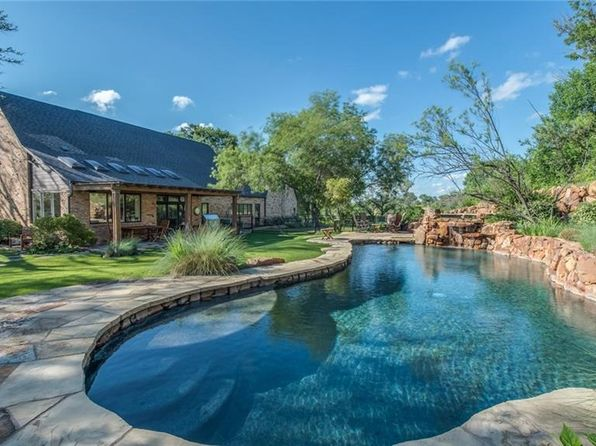 3 bed 4 bath Single Family at 8601 Cleburne Hwy Granbury, TX, 76049 is for sale at 3.90m - 1 of 24