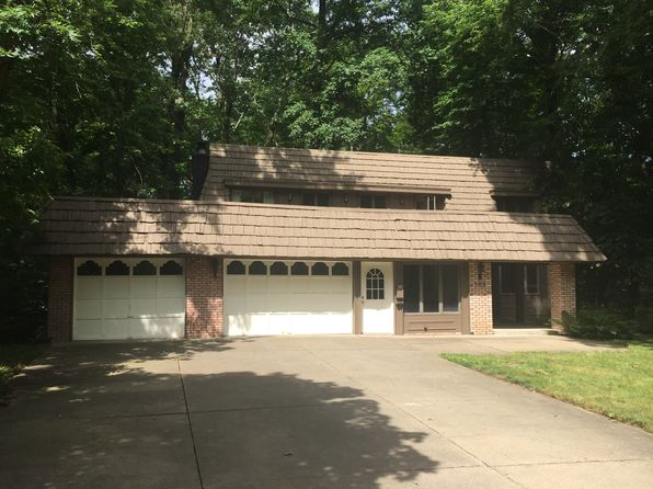 4 bed 3 bath Single Family at 182 Cedar Hill Cir Cuyahoga Falls, OH, 44223 is for sale at 260k - 1 of 34