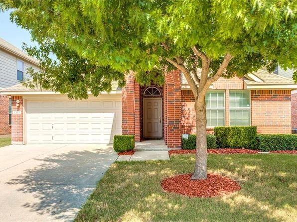 3 bed 2 bath Single Family at 1317 Castlegar Ln Justin, TX, 76247 is for sale at 202k - 1 of 28