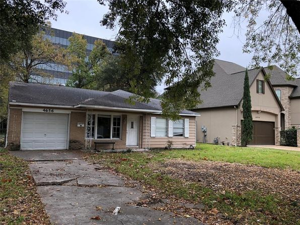 3 bed 1 bath Single Family at 4656 Spruce St Bellaire, TX, 77401 is for sale at 400k - 1 of 9
