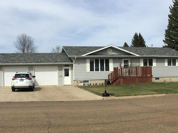 4 bed 3 bath Single Family at 402 2nd Ave W Richardton, ND, 58652 is for sale at 200k - 1 of 22
