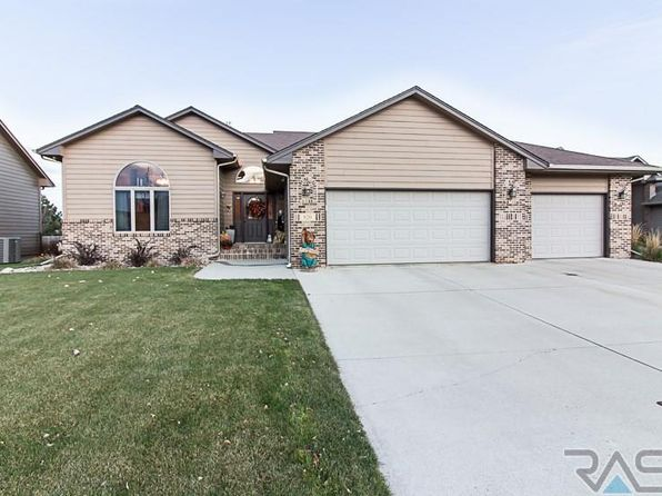 4 bed 3 bath Single Family at 820 S Byron Cir Tea, SD, 57064 is for sale at 290k - 1 of 35
