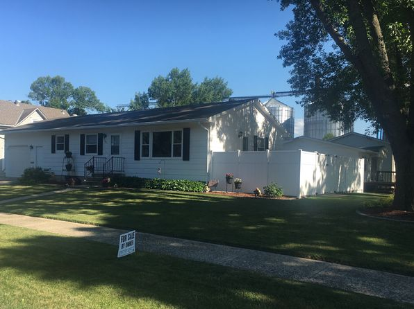 3 bed 2 bath Single Family at 301 Elm St NE Sleepy Eye, MN, 56085 is for sale at 125k - 1 of 9