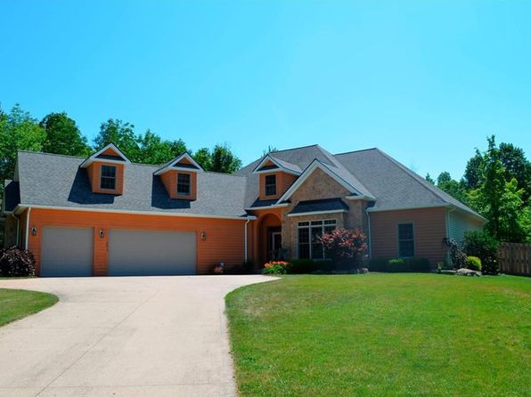 4 bed 3 bath Single Family at 2411 Hunters Creek Cir Hinckley, OH, 44233 is for sale at 450k - 1 of 25