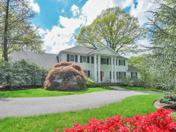 5 bed 5 bath Single Family at 80 Mayflower Dr Tenafly, NJ, 07670 is for sale at 1.80m - 1 of 25