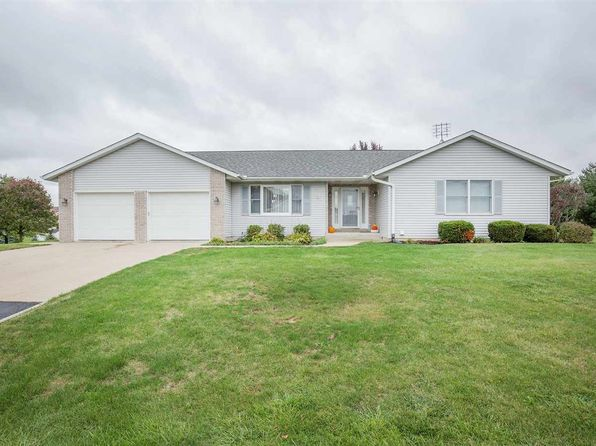 4 bed 3 bath Single Family at 35 Camaieux Dr Geneseo, IL, 61254 is for sale at 214k - 1 of 24