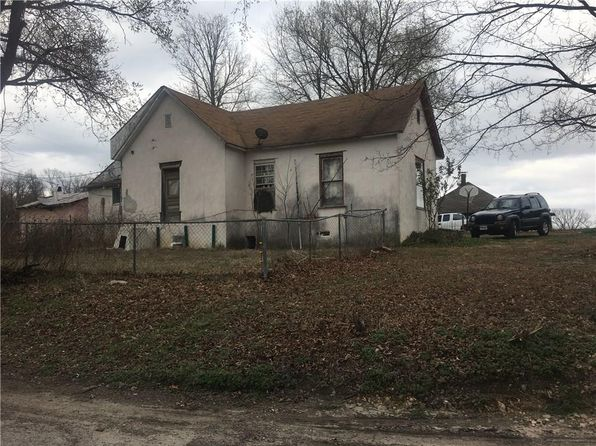 3 bed 1 bath Single Family at 334 3rd St Watts, OK, 74964 is for sale at 25k - 1 of 3