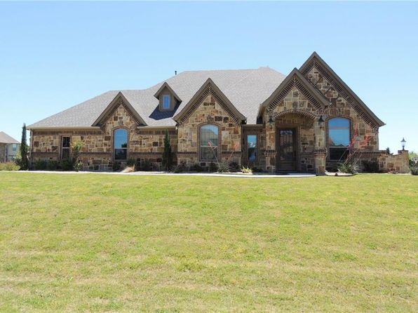 4 bed 3 bath Single Family at 6047 THE RESORT BLVD FORT WORTH, TX, 76179 is for sale at 457k - 1 of 34