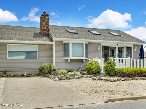 3 bed 2 bath Single Family at 339 Roberts Ave Seaside Park, NJ, 08752 is for sale at 620k - 1 of 39