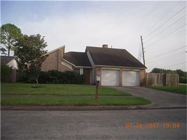 3 bed 2 bath Single Family at 6327 Greenway Forest Ln Houston, TX, 77088 is for sale at 93k - 1 of 12