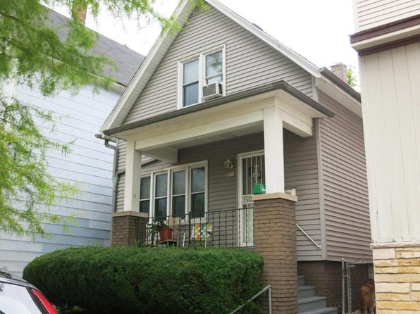 3 bed 2 bath Single Family at 804 E Clarke St Milwaukee, WI, 53212 is for sale at 139k - 1 of 8