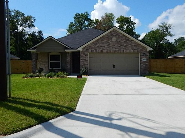 3 bed 3 bath Single Family at 1810 Magnolia St Liberty, TX, 77575 is for sale at 215k - 1 of 14