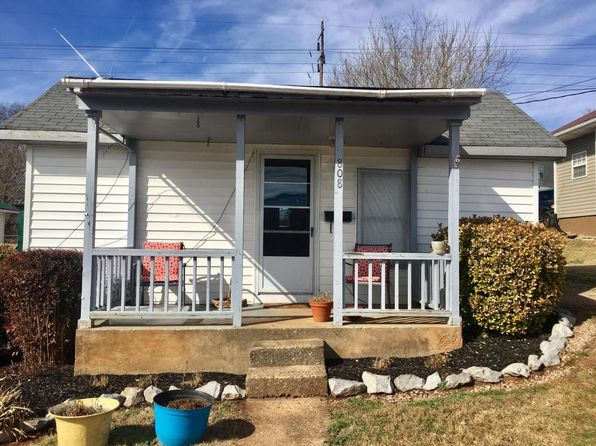 2 bed 1 bath Single Family at 808 SUMMER ST LOUDON, TN, 37774 is for sale at 50k - 1 of 8