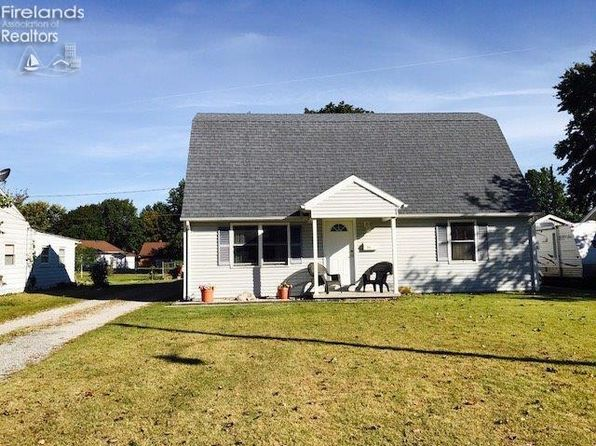 4 bed 3 bath Single Family at 111 Pfieffer Ave Clyde, OH, 43410 is for sale at 127k - 1 of 14