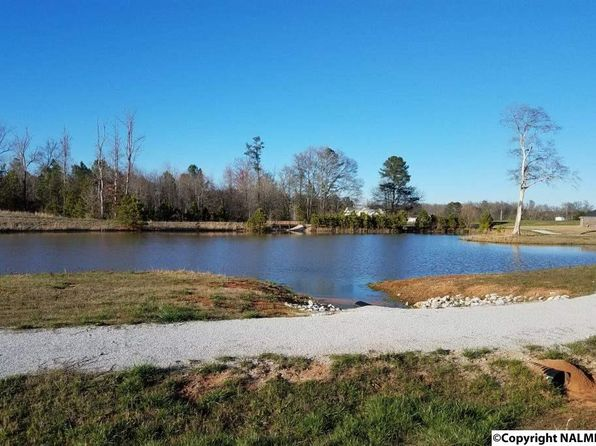 3 bed 2 bath Single Family at 28 Caldera Dr Athens, AL, 35613 is for sale at 201k - 1 of 33