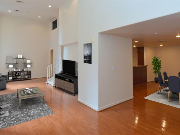 3 bed 3 bath Condo at 914 Main St Houston, TX, 77002 is for sale at 349k - 1 of 27