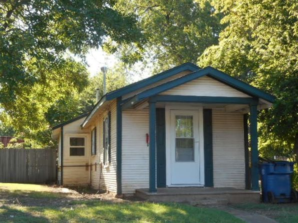 1 bed 1 bath Single Family at 1013 S Main Street 1013 1/2 S. Main St Stillwater, OK, 74074 is for sale at 70k - 1 of 4