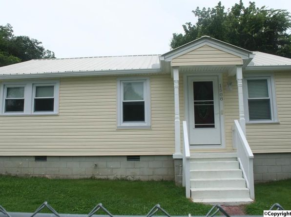 3 bed 1 bath Single Family at 1508 Rayburn Ave Guntersville, AL, 35976 is for sale at 70k - 1 of 16