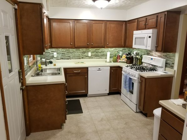 3 bed 2 bath Single Family at 2650 W Iowa St Evansville, IN, 47712 is for sale at 124k - 1 of 18