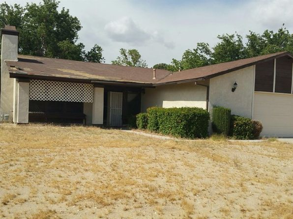 4 bed 2 bath Single Family at 15153 Dakota Ct Victorville, CA, 92394 is for sale at 225k - 1 of 9
