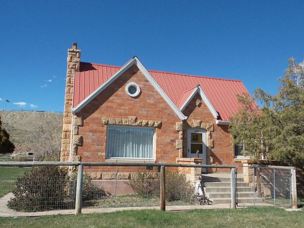 5 bed 4 bath Single Family at 207 S 1st St Dubois, WY, 82513 is for sale at 330k - 1 of 32