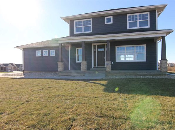 5 bed 4 bath Single Family at 2208 Ashworth Dr Cedar Falls, IA, 50613 is for sale at 410k - 1 of 8