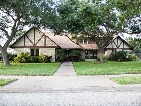 5 bed 5 bath Single Family at 5134 Cape Fear Dr Corpus Christi, TX, 78412 is for sale at 865k - 1 of 35