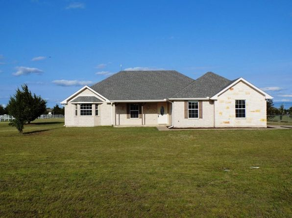 3 bed 2 bath Single Family at 137 Judah Cir Trenton, TX, 75490 is for sale at 235k - 1 of 67