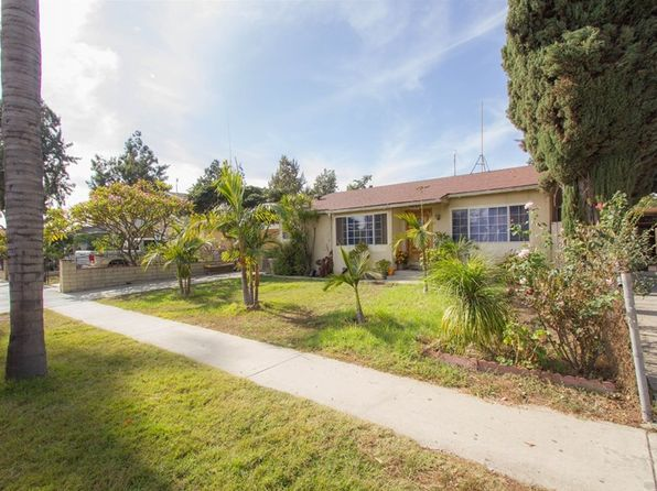2 bed 1 bath Single Family at 2070 S Broadway Santa Ana, CA, 92707 is for sale at 425k - 1 of 15