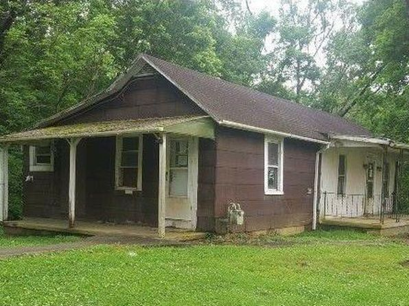 1 bed 1 bath Single Family at 924 Marion Pike Coal Grove, OH, 45638 is for sale at 10k - 1 of 6
