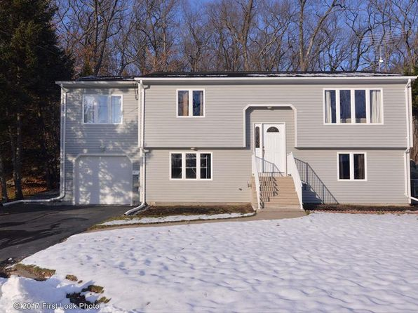 3 bed 2 bath Single Family at 11 Ash Ln North Providence, RI, 02911 is for sale at 265k - 1 of 33