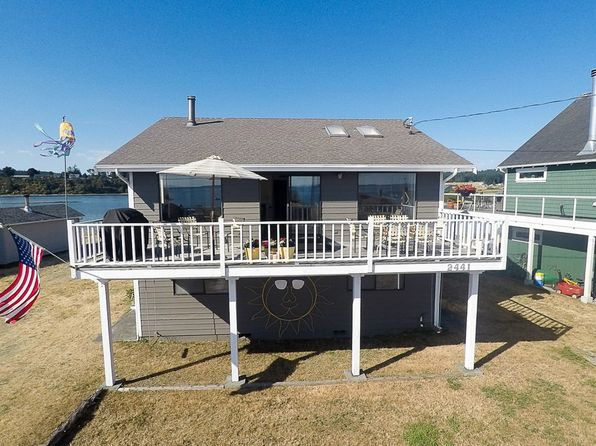 3 bed 2 bath Single Family at 2441 SUNLIGHT BEACH RD CLINTON, WA, 98236 is for sale at 775k - 1 of 27