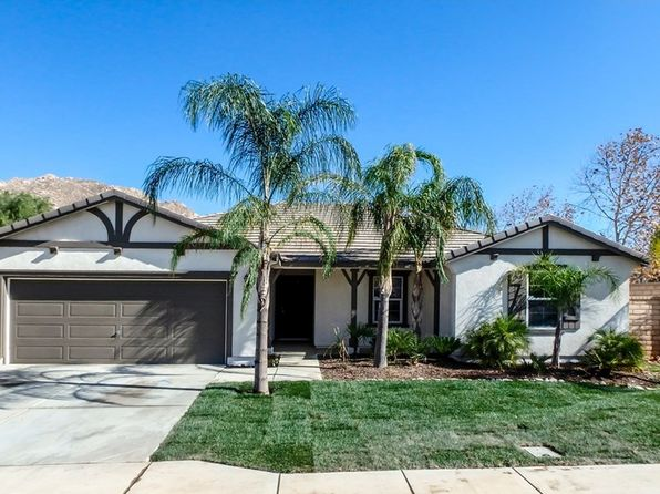 4 bed 2 bath Single Family at 3045 GAZANIA DR PERRIS, CA, 92571 is for sale at 319k - 1 of 12