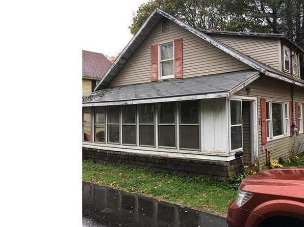 2 bed 1 bath Single Family at 5 ADAMS ST NEWPORT, ME, 04953 is for sale at 30k - 1 of 28