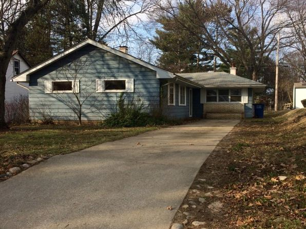 3 bed 1 bath Single Family at 205 Orchard Blf La Porte, IN, 46350 is for sale at 80k - 1 of 7