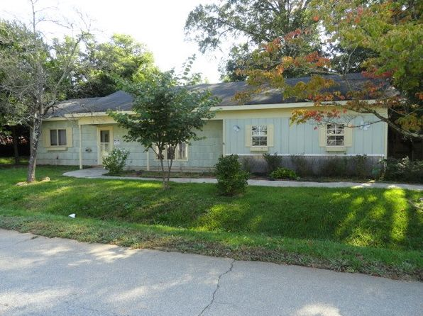 2 bed 1 bath Single Family at 216 Clifton Ter Carrollton, GA, 30117 is for sale at 78k - 1 of 10