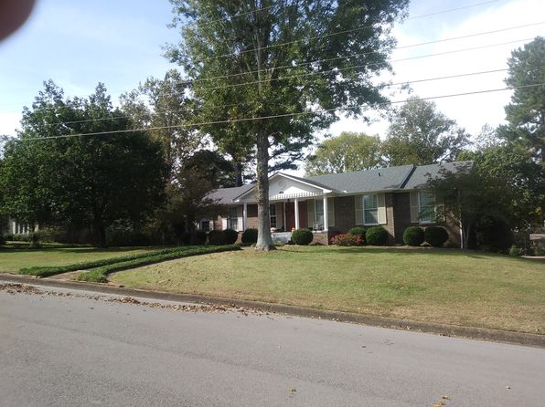 4 bed 3 bath Single Family at 1207 Jackson Dr Pulaski, TN, 38478 is for sale at 300k - 1 of 14