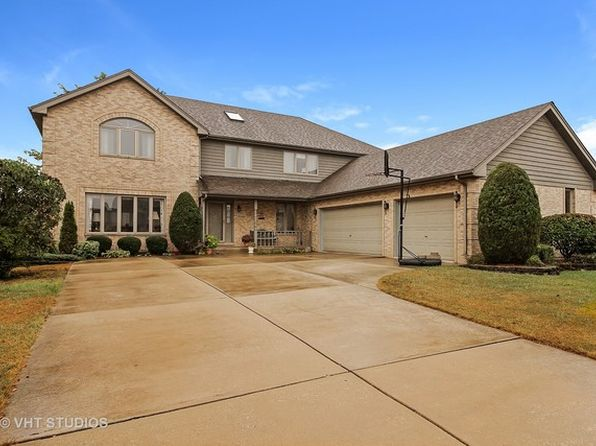 5 bed 4 bath Single Family at 8105 Pottawattomi Trl Tinley Park, IL, 60477 is for sale at 385k - 1 of 20