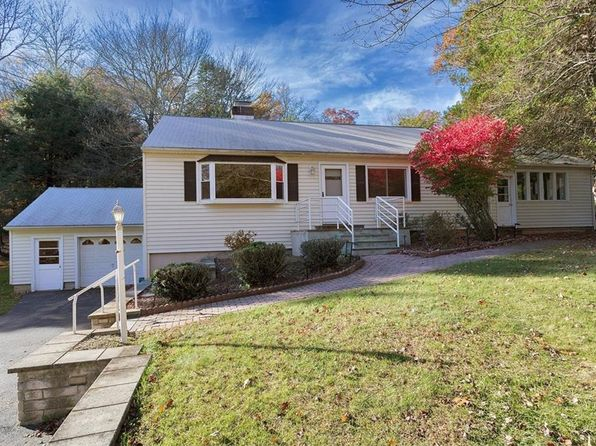 3 bed 3 bath Single Family at 46 OAKRIDGE RD NORTH SALEM, NY, 10560 is for sale at 400k - 1 of 15