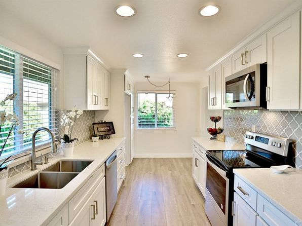 2 bed 2 bath Condo at 1111 S Coast Dr Costa Mesa, CA, 92626 is for sale at 525k - 1 of 57
