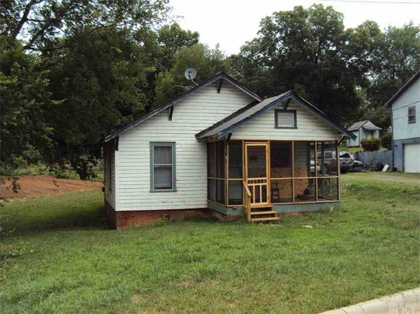 2 bed 1 bath Single Family at 977 C Ave SE Hickory, NC, 28602 is for sale at 27k - google static map