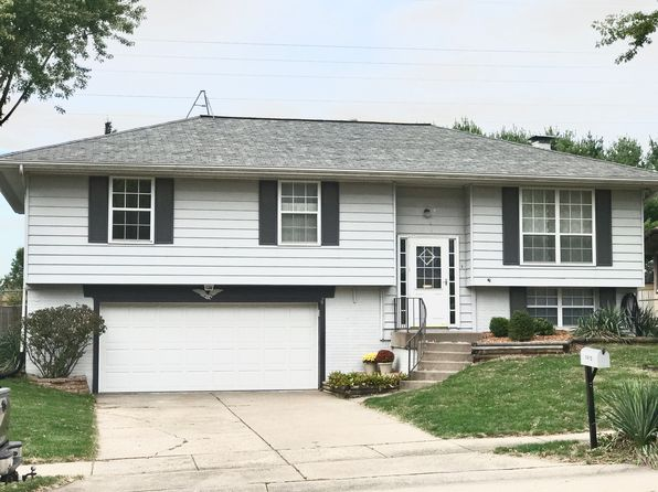 3 bed 3 bath Single Family at 1412 W 59th St Davenport, IA, 52806 is for sale at 170k - 1 of 14